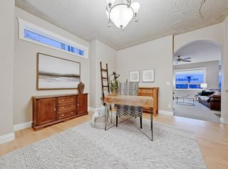 Photo 13: 30 Springborough Crescent SW in Calgary: Springbank Hill Detached for sale : MLS®# A1070980