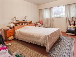 Photo 16: 1384 E 63RD Avenue in Vancouver: South Vancouver House for sale (Vancouver East)  : MLS®# R2057224