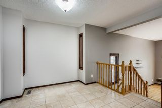 Photo 6: 219 Sandstone Drive NW in Calgary: Sandstone Valley Detached for sale : MLS®# A1112280