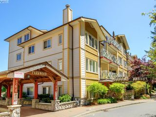 Photo 1: 409 360 Goldstream Ave in VICTORIA: Co Colwood Corners Condo for sale (Colwood)  : MLS®# 816353