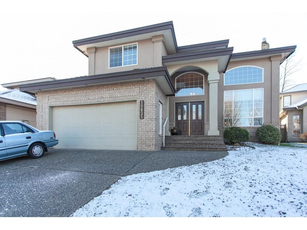 """Main Photo: 10635 CHESTNUT Place in Surrey: Fraser Heights House for sale in """"Glenwood"""" (North Surrey)  : MLS®# R2338110"""