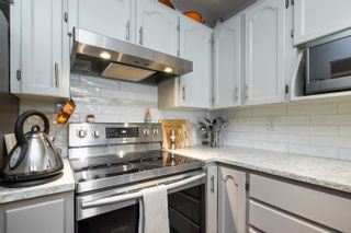 """Photo 13: 16 19270 119 Avenue in Pitt Meadows: Central Meadows Townhouse for sale in """"McMyn Estates"""" : MLS®# R2611594"""