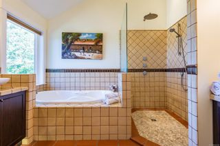 Photo 11: 2344 Grantham Pl in : CV Courtenay North House for sale (Comox Valley)  : MLS®# 852338