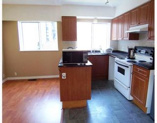 Photo 2: 1827 PANDORA Street in Vancouver: Hastings House for sale (Vancouver East)  : MLS®# V794316