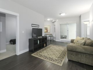 """Photo 3: 314 2495 WILSON Avenue in Port Coquitlam: Central Pt Coquitlam Condo for sale in """"ORCHID RIVERSIDE"""" : MLS®# R2425971"""