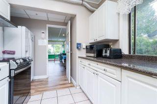 Photo 26: 2695 MCBRIDE Avenue in Surrey: Crescent Bch Ocean Pk. House for sale (South Surrey White Rock)  : MLS®# R2571973
