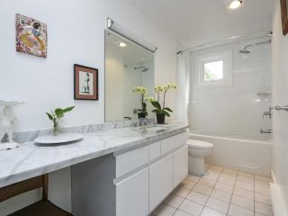 Photo 15: 2626 W 2ND Avenue in Vancouver: Kitsilano 1/2 Duplex for sale (Vancouver West)  : MLS®# R2377448
