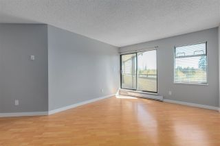 """Photo 4: 305 5224 204 Street in Langley: Langley City Condo for sale in """"SOUTHWYNDE"""" : MLS®# R2582622"""