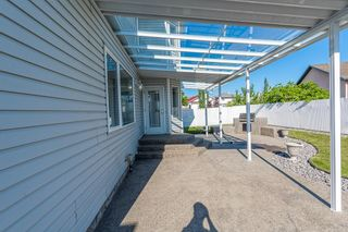 Photo 16: 471 OZERNA Road in Edmonton: Zone 28 House for sale : MLS®# E4252419