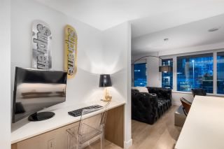 """Photo 8: 208 161 E 1ST Avenue in Vancouver: Mount Pleasant VE Condo for sale in """"BLOCK 100"""" (Vancouver East)  : MLS®# R2525907"""