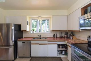 Photo 6: 542 Hallsor Dr in VICTORIA: Co Wishart North House for sale (Colwood)  : MLS®# 791609