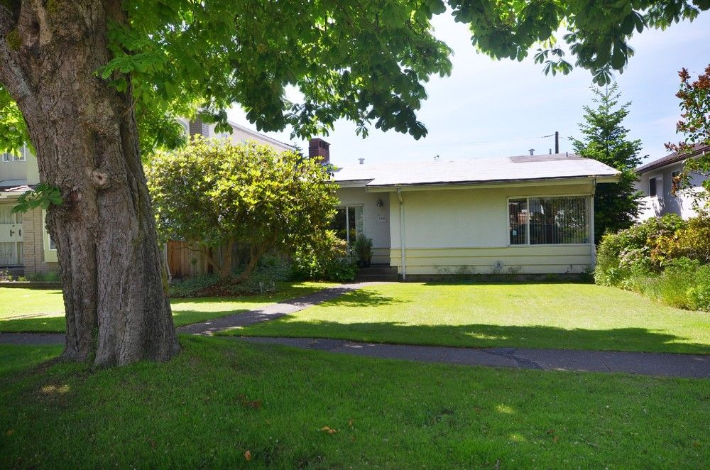 Main Photo:  in Vancouver: South Granville Home for sale ()  : MLS®# V1012273