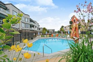 """Photo 15: 119 1850 E SOUTHMERE Crescent in Surrey: Sunnyside Park Surrey Condo for sale in """"SOUTHMERE PLACE"""" (South Surrey White Rock)  : MLS®# R2465271"""