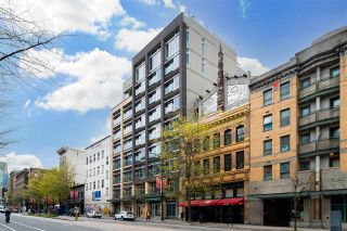 """Photo 2: 607 33 W PENDER Street in Vancouver: Downtown VW Condo for sale in """"33 LIVING"""" (Vancouver West)  : MLS®# R2572054"""