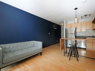 Photo 4: 203 919 MARKET St in Victoria: Vi Hillside Condo for sale : MLS®# 843802