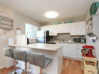 Photo 8: 3 10070 Fifth St in Sidney: Si Sidney North-East Row/Townhouse for sale : MLS®# 844838