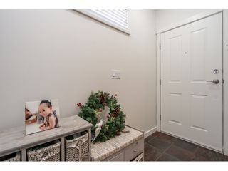 """Photo 3: 36 20120 68 Avenue in Langley: Willoughby Heights Townhouse for sale in """"The Oaks"""" : MLS®# R2560815"""