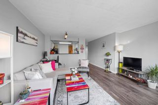 """Photo 5: 1810 1500 HOWE Street in Vancouver: Yaletown Condo for sale in """"The Discovery"""" (Vancouver West)  : MLS®# R2619778"""
