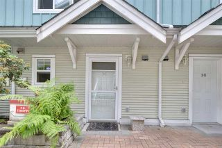 """Photo 1: 19 123 SEVENTH Street in New Westminster: Uptown NW Townhouse for sale in """"ROYAL CITY TERRACE"""" : MLS®# R2077015"""
