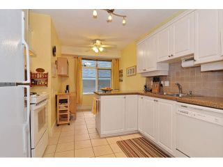 """Photo 8: 213 3188 W 41ST Avenue in Vancouver: Kerrisdale Condo for sale in """"THE LANESBOROUGH"""" (Vancouver West)  : MLS®# V1104364"""