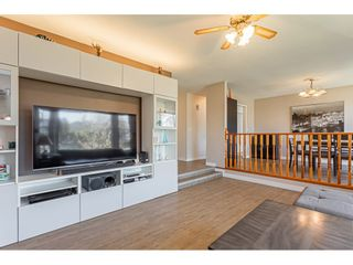 Photo 4: 20160 CHIGWELL Street in Maple Ridge: Southwest Maple Ridge House for sale : MLS®# R2437868