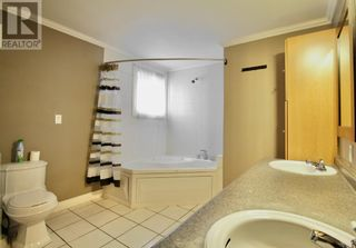Photo 17: 102 Thompson Place in Hinton: House for sale : MLS®# A1047125