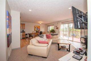 Photo 3: 1517 CHESTNUT Crescent: Telkwa House for sale (Smithers And Area (Zone 54))  : MLS®# R2579772