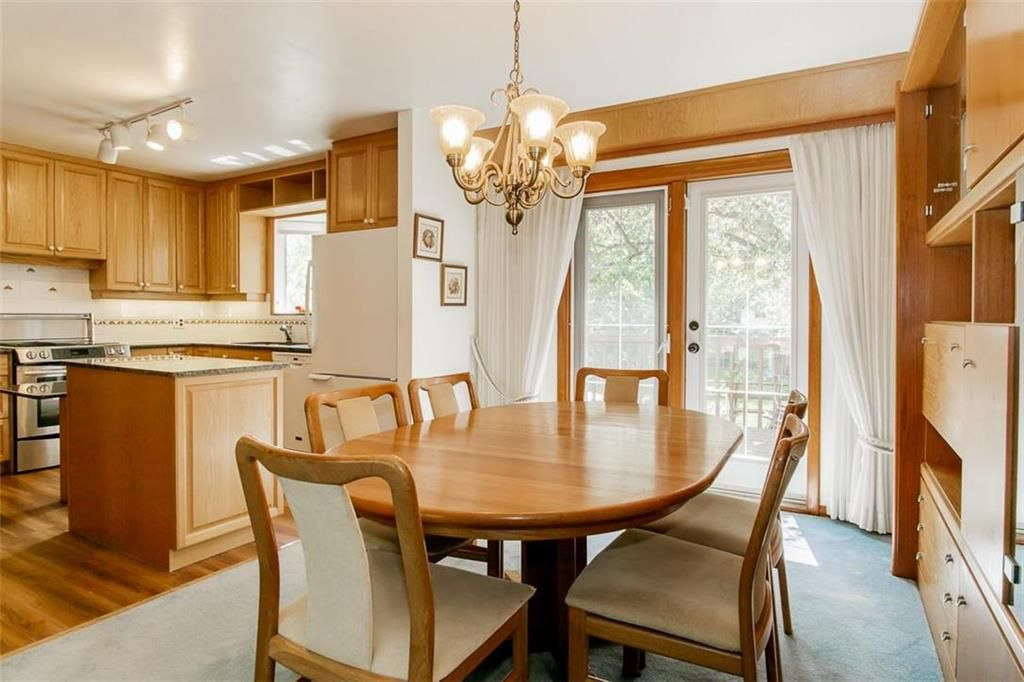Photo 9: Photos: 128 Sterling Avenue in Winnipeg: Meadowood Residential for sale (2E)  : MLS®# 202011390