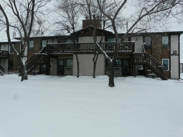 Main Photo: 54 Paddington Road in WINNIPEG: St Vital Condominium for sale (South East Winnipeg)  : MLS®# 1202801