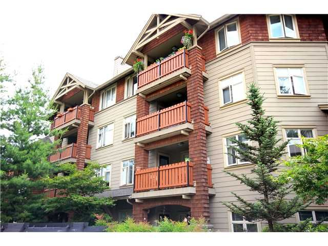 """Main Photo: 310 18 SMOKEY SMITH Place in New Westminster: GlenBrooke North Condo for sale in """"THE CROFTON"""" : MLS®# V901403"""