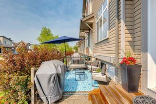Photo 4: 20 Copperpond Rise SE in Calgary: Copperfield Row/Townhouse for sale : MLS®# A1130100