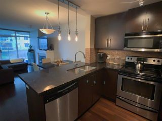 Photo 6: 1010 888 CARNARVON STREET in New Westminster: Downtown NW Condo for sale : MLS®# R2534156