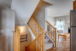 Photo 16: 33 SILVERGROVE Close NW in Calgary: Silver Springs Row/Townhouse for sale : MLS®# C4300784