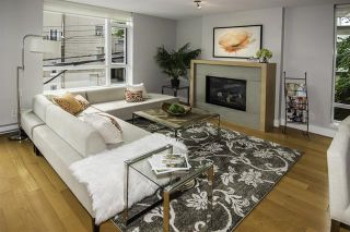 Photo 2:  in : Vancouver West Condo for sale : MLS®# R2094504