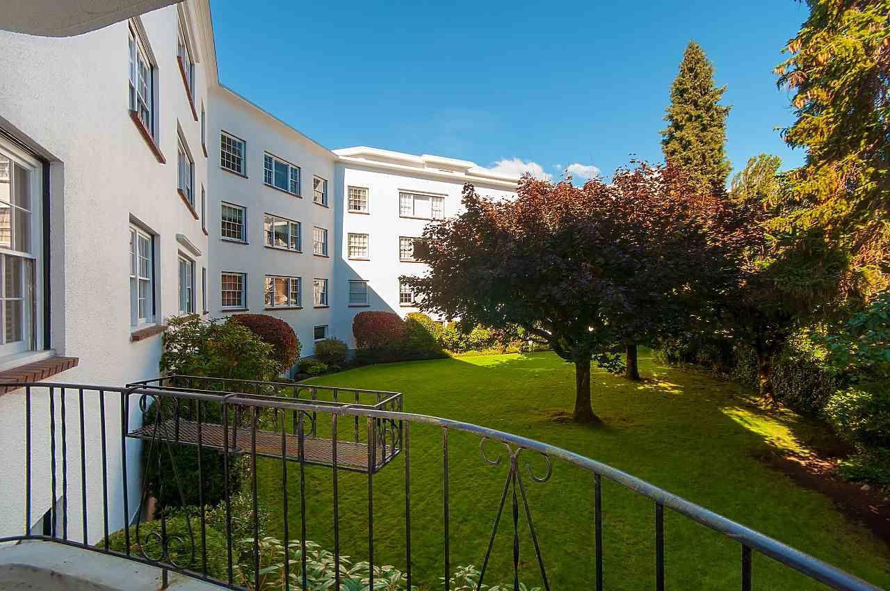 """Photo 17: Photos: 119 2890 POINT GREY Road in Vancouver: Kitsilano Condo for sale in """"killarney Manor"""" (Vancouver West)  : MLS®# R2356786"""