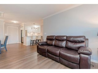 """Photo 10: 307 15150 29A Avenue in Surrey: King George Corridor Condo for sale in """"The Sands 2"""" (South Surrey White Rock)  : MLS®# R2464623"""