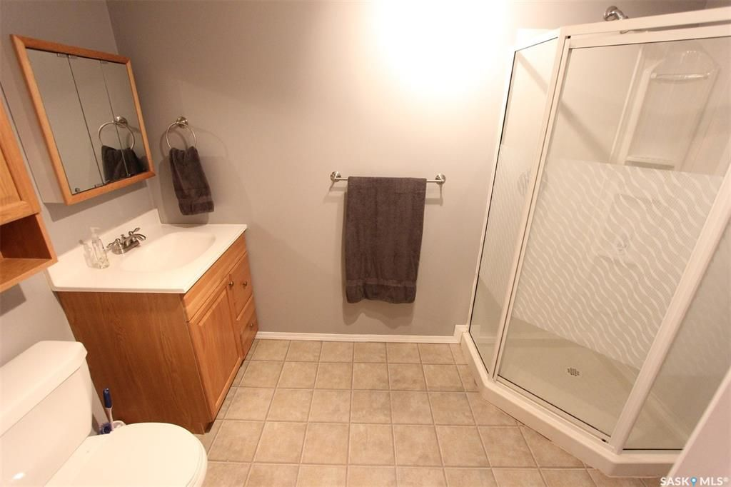 Photo 26: Photos: 233 Lorne Street West in Swift Current: North West Residential for sale : MLS®# SK825782