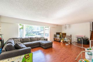 Photo 7: 8937 EDINBURGH Drive in Surrey: Queen Mary Park Surrey House for sale : MLS®# R2485380