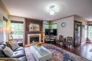 Photo 3: 8150 DOROTHEA Court in Mission: Mission BC House for sale : MLS®# R2589019