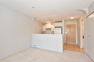 """Photo 4: 410 6833 VILLAGE GREEN in Burnaby: Highgate Condo for sale in """"Carmel by Adera"""" (Burnaby South)  : MLS®# R2104902"""