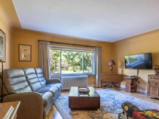 Photo 10: 1013 Sluggett Rd in : CS Brentwood Bay House for sale (Central Saanich)  : MLS®# 882753