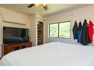 """Photo 13: 3 2120 KING GEORGE Boulevard in Surrey: King George Corridor Manufactured Home for sale in """"Five Oaks"""" (South Surrey White Rock)  : MLS®# R2189509"""