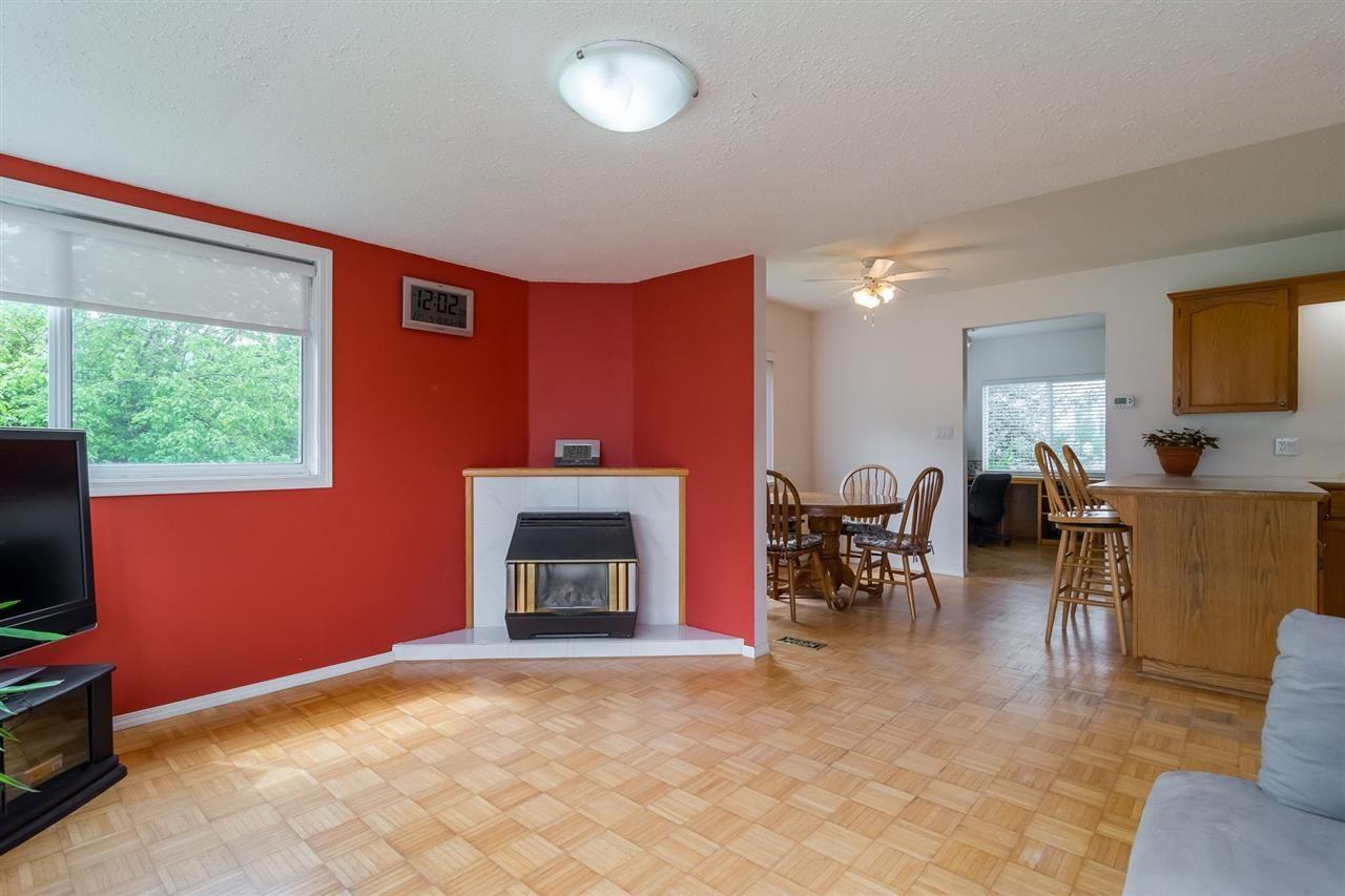 Photo 6: Photos: 3870 STEWART Road: Yarrow House for sale : MLS®# R2165934