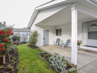 Photo 8: 102 2200 Lambert Dr in COURTENAY: CV Courtenay City House for sale (Comox Valley)  : MLS®# 830910