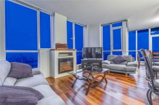 """Photo 2: 3704 1189 MELVILLE Street in Vancouver: Coal Harbour Condo for sale in """"THE MELVILLE"""" (Vancouver West)  : MLS®# R2589411"""