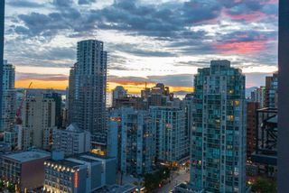 """Photo 16: 2506 1155 SEYMOUR Street in Vancouver: Downtown VW Condo for sale in """"Brava"""" (Vancouver West)  : MLS®# R2387101"""