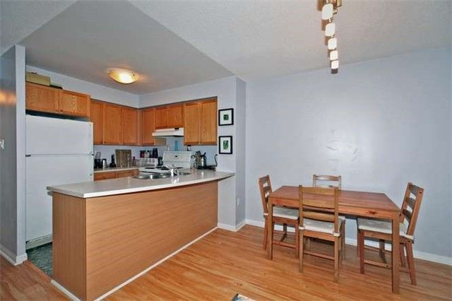 Photo 9: Photos: 808 109 E Front Street in Toronto: Moss Park Condo for lease (Toronto C08)  : MLS®# C3362918