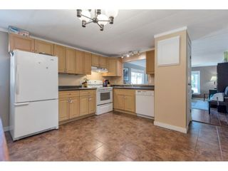 Photo 4: 183 3665 244 Street in Langley: Aldergrove Langley Manufactured Home for sale : MLS®# R2605572