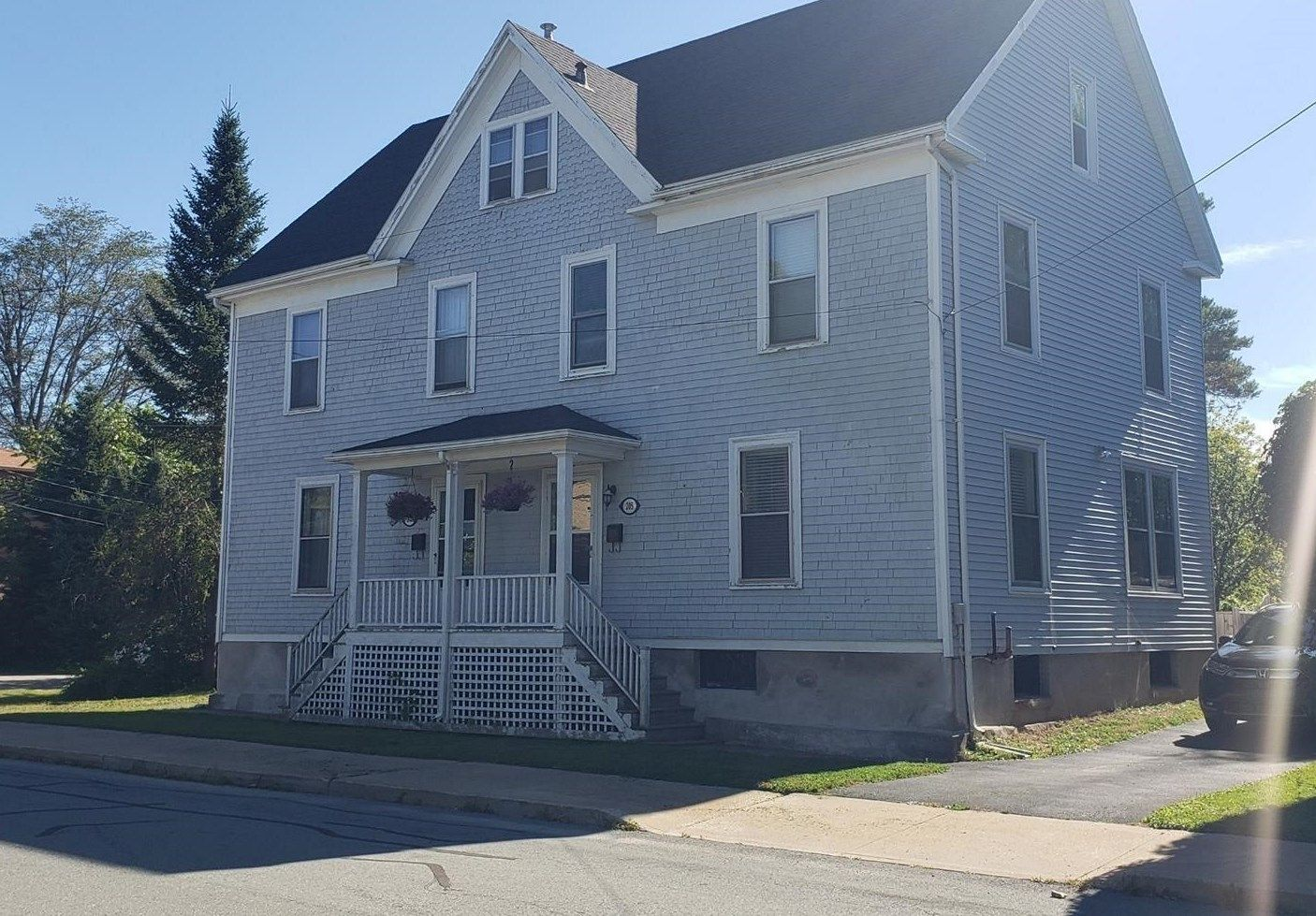 Main Photo: 203 Gray Street in Windsor: 403-Hants County Multi-Family for sale (Annapolis Valley)  : MLS®# 202110089