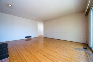 Photo 10: 3192 QUEENS Avenue in Vancouver: Collingwood VE House for sale (Vancouver East)  : MLS®# R2590887
